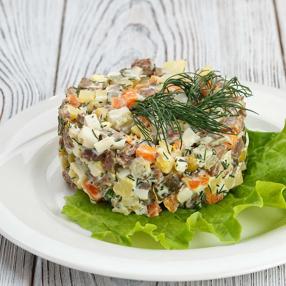 рецепты сытных салатов с фото тот