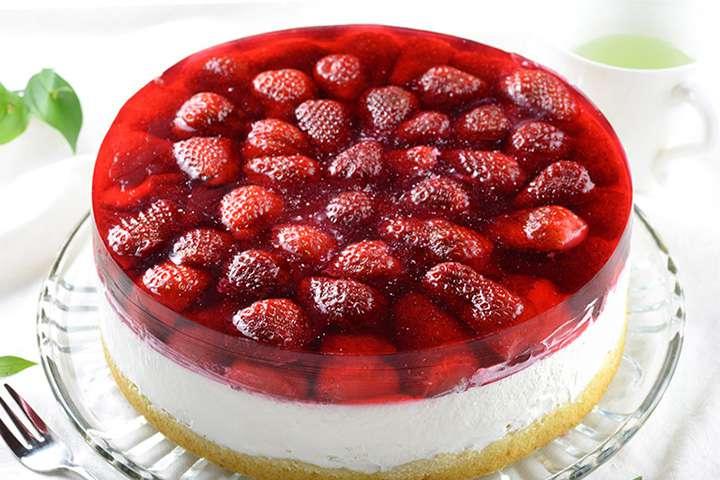 Двуслойное желе с ягодами
